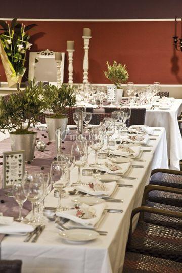 Vue d'ensemble intérieur restaurant
