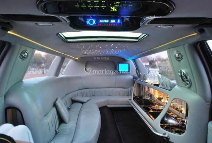 int rieur limousine de carrosse d 39 or photo 5. Black Bedroom Furniture Sets. Home Design Ideas