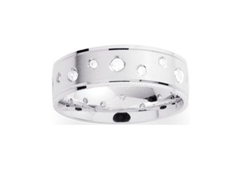 Alliance anneau avec Diamants
