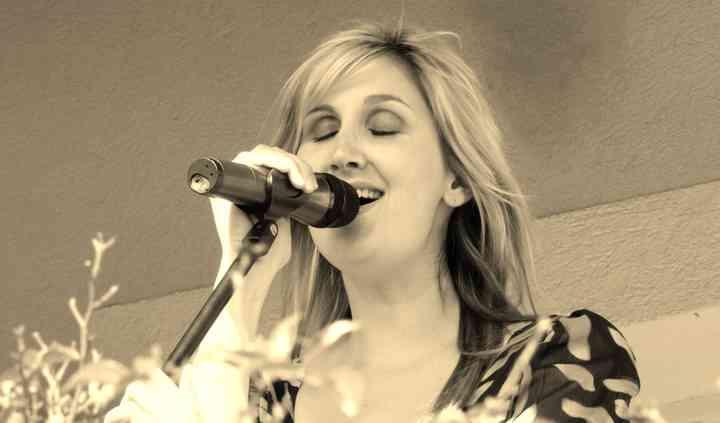 Vanessa B. Live - Cocktail