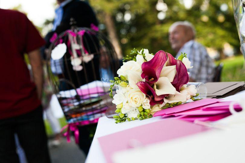 Bouquet et urne