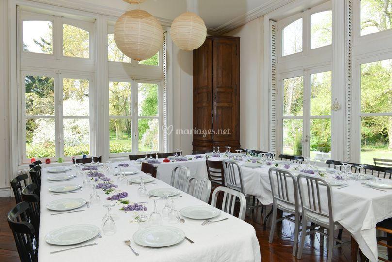 Banquet au château