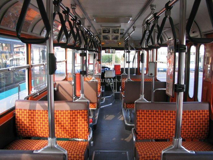 Interieur du bus avec Balcon