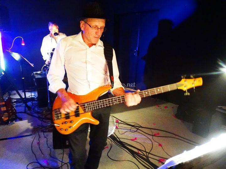 Le bassiste/Pascal