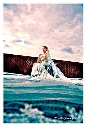 La mariée pose