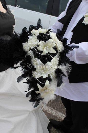 Bouquet mariage noir perlé