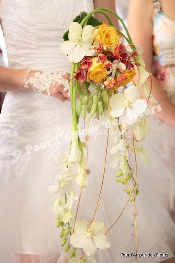 Bouquet cascade contemporain