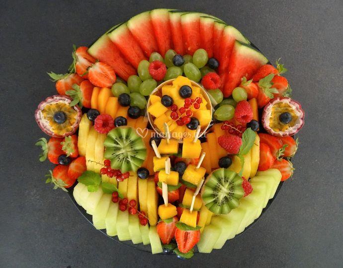 Plateau de fruits tranchés