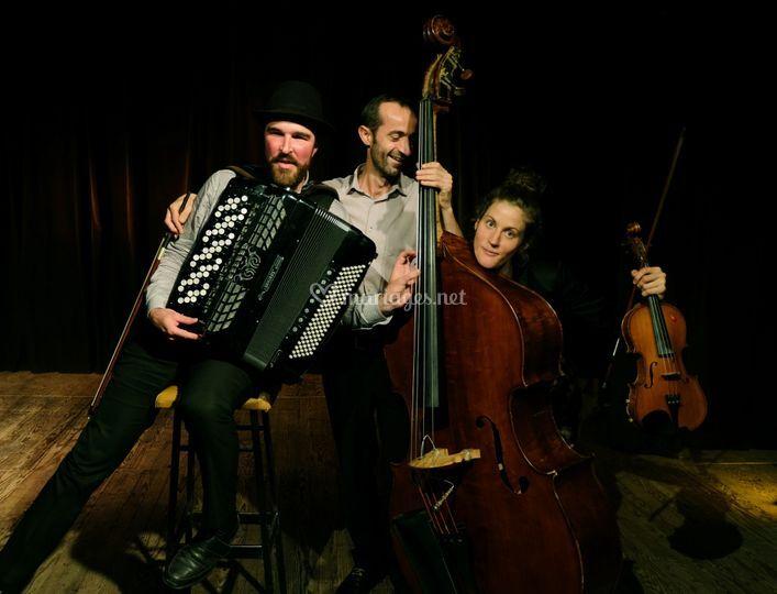 Olmama Trio