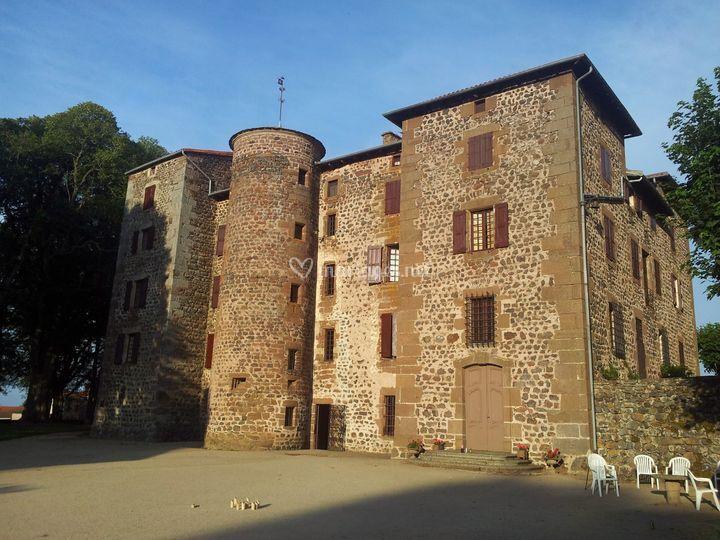 Le château côté cour