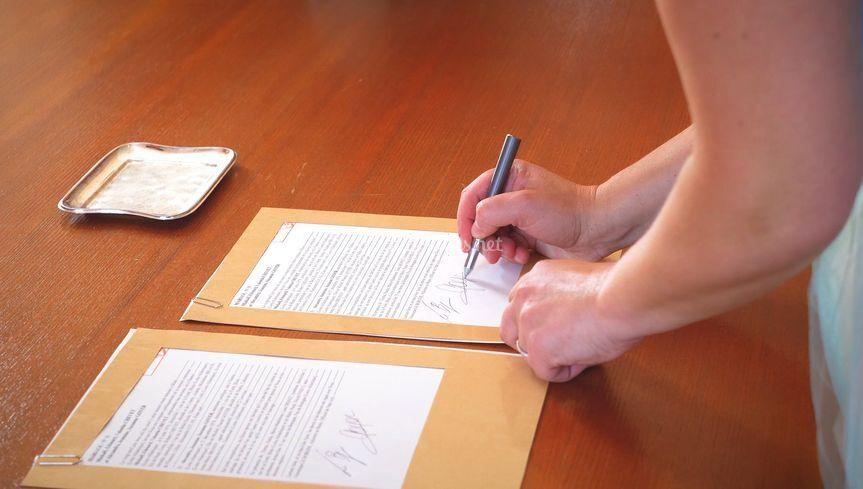 Les signatures...