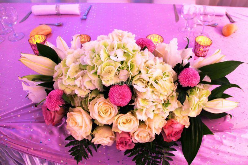 Compo florale table mariés