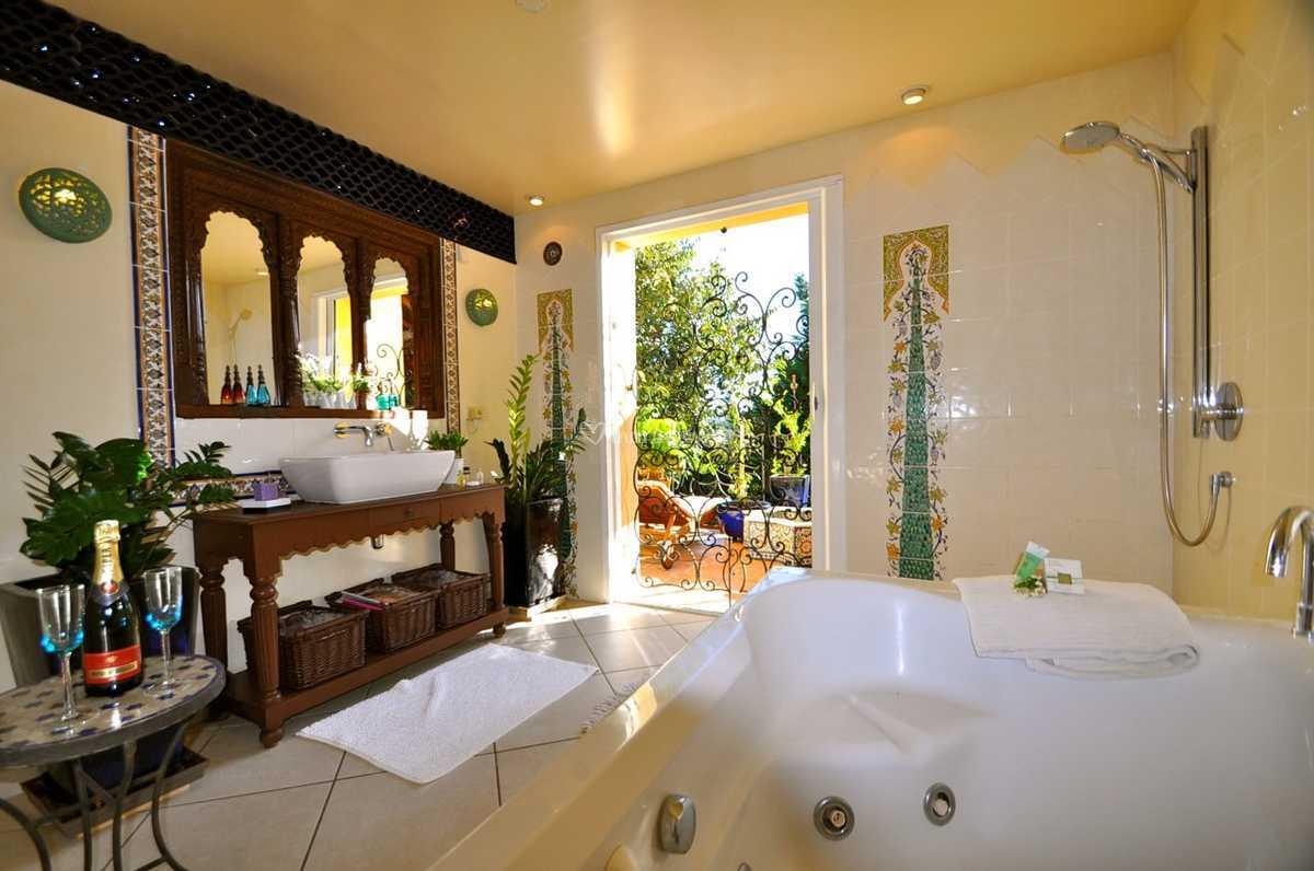 Salle de bain orientale de La Villa Romaine - SPA privé | Photo 10