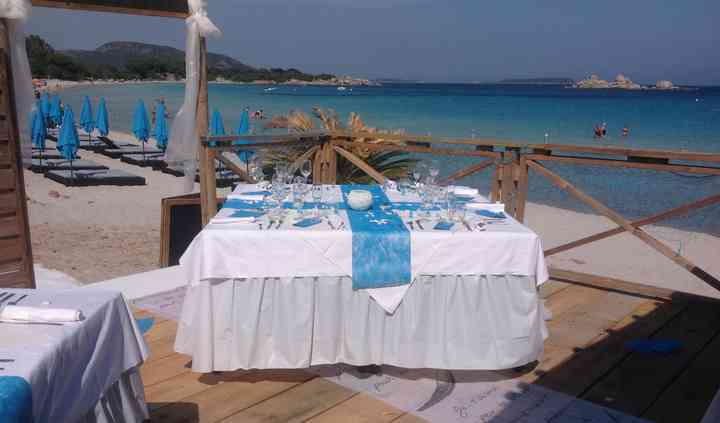 Table sur la plage