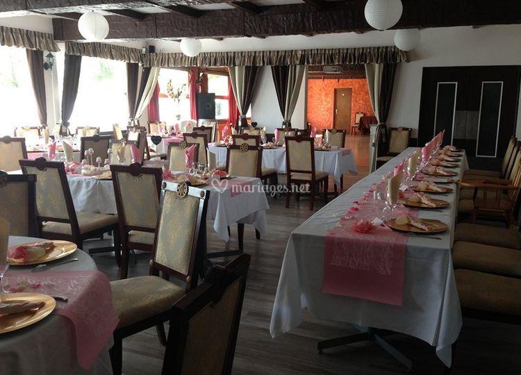 Lakeside Hotel Restaurant