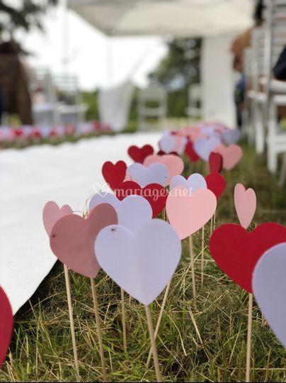 Cérémonie laïque with hearts