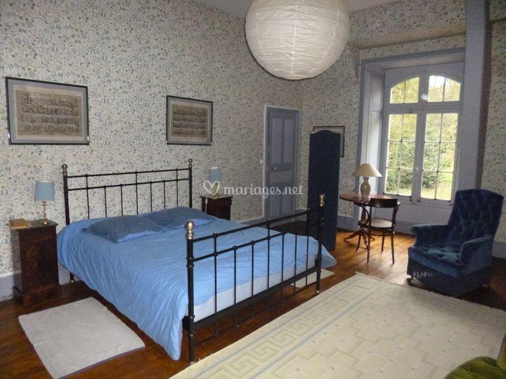 la ville queno. Black Bedroom Furniture Sets. Home Design Ideas