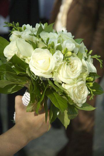 "Plan serré ""bouquet mariés"""