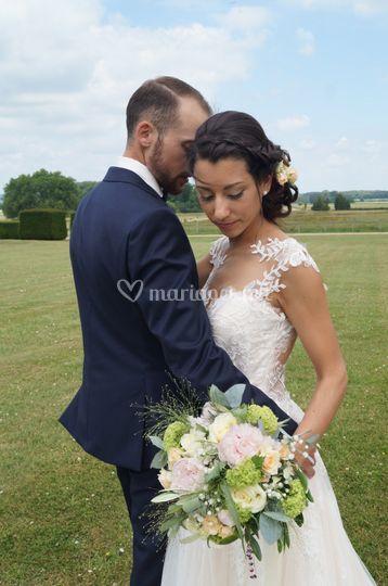Un beau couple de mariés