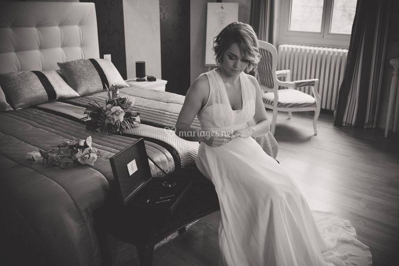 Mariée en pleine préparation