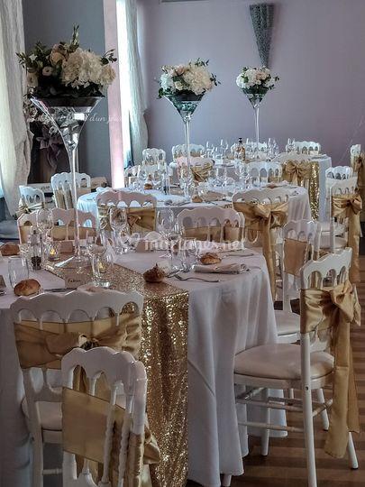 Tables et fleurs d'un jour