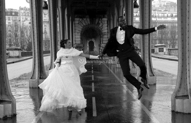 Yann Richard Photographe© saut des mariés