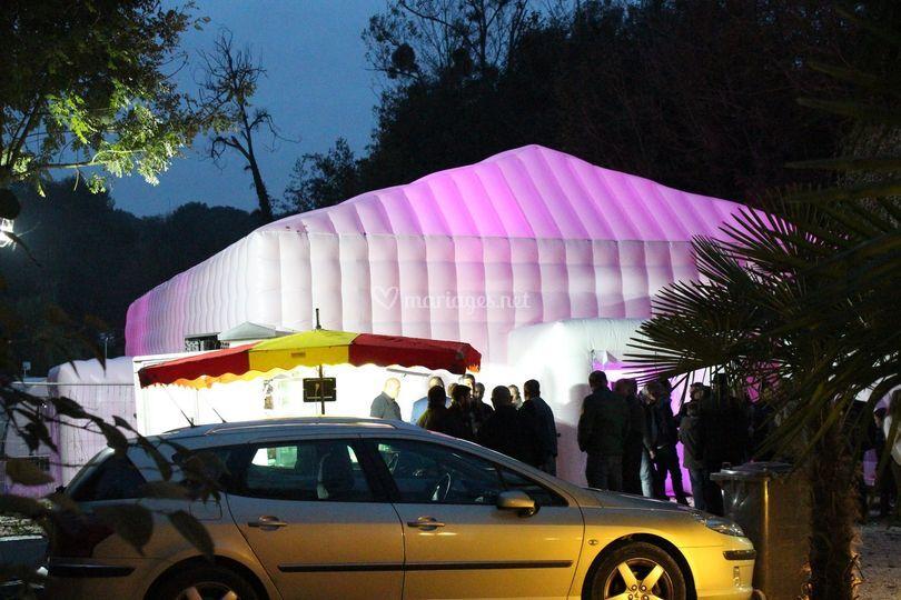 Tente Cube 150m2 aec éclairage