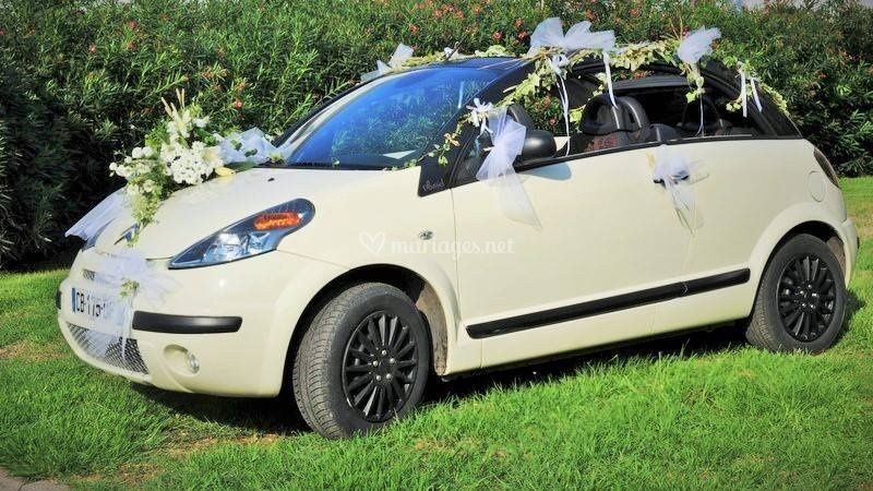 Décos florale voiture des mari