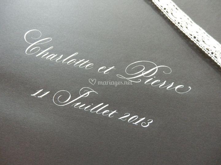 Calligraphie sur Album Photo