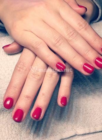 Manucure rouge