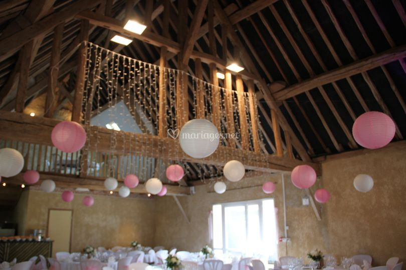 Salle en rose et blanc