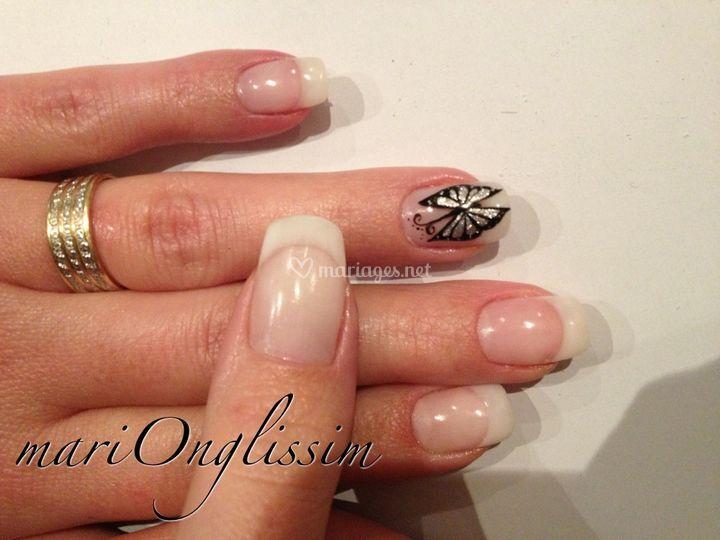 French + nail art peinture