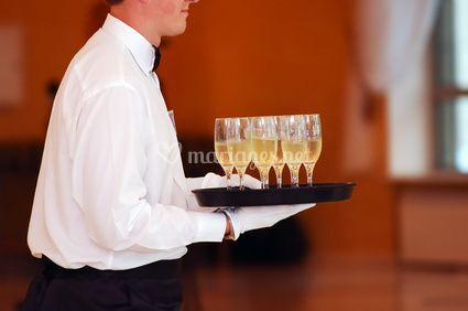 Le service: un détail important de la réussite de votre soirée