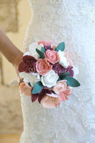 Bouquet de fleurs en feutrine