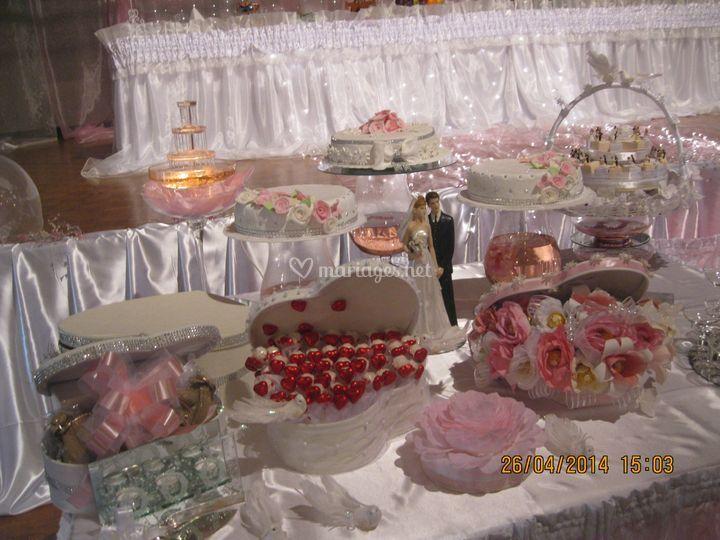 Table de gâteaux et dragées