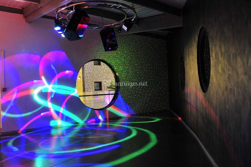 Salle dj dancing