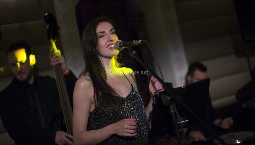 Chanteuse jazz bossanova