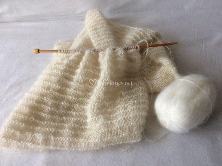 Étole en cours de tricot