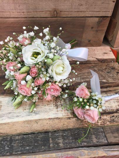 Bouquet de mariee+ boutonniere