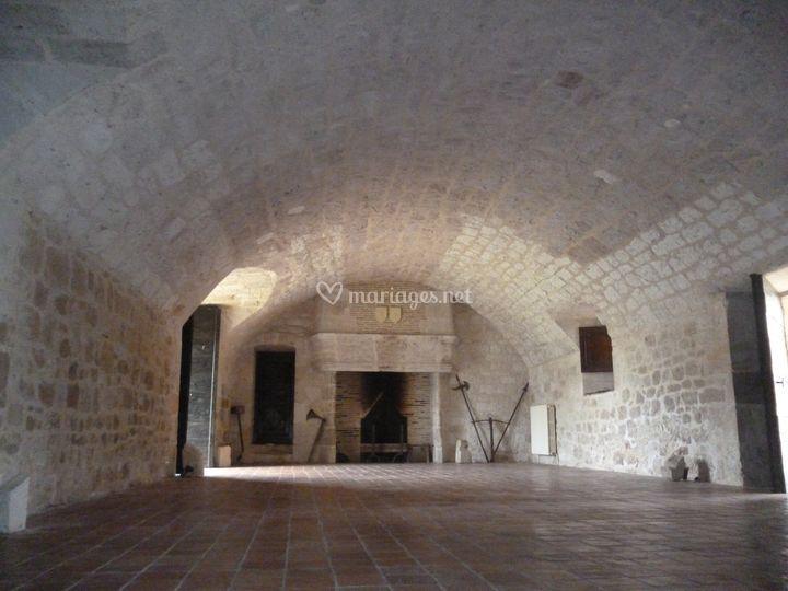 Salle d'armes du château