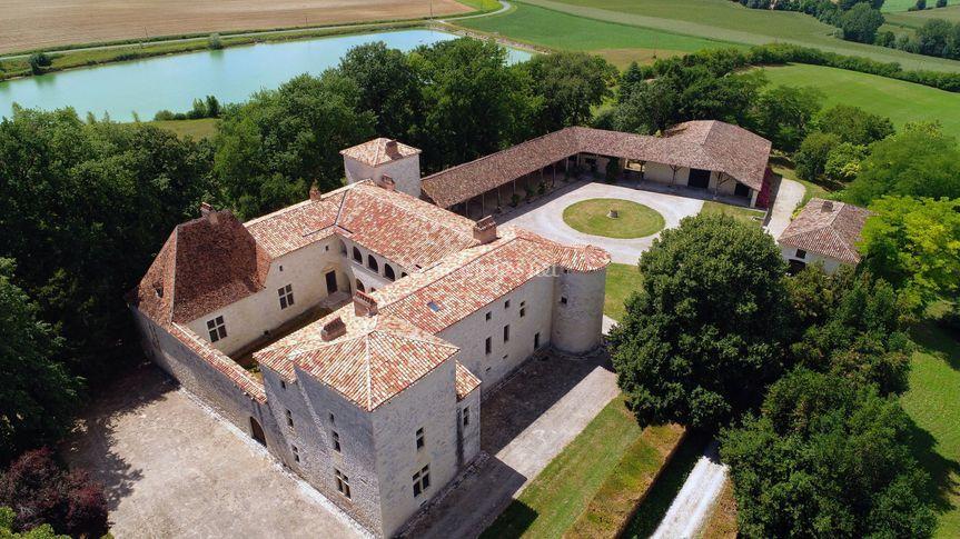 Château de Sainte Foy d'Anthé