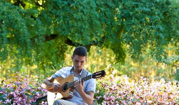 Anthony le guitariste