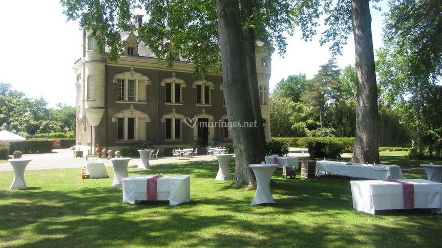 Vin d'honneur face au Château