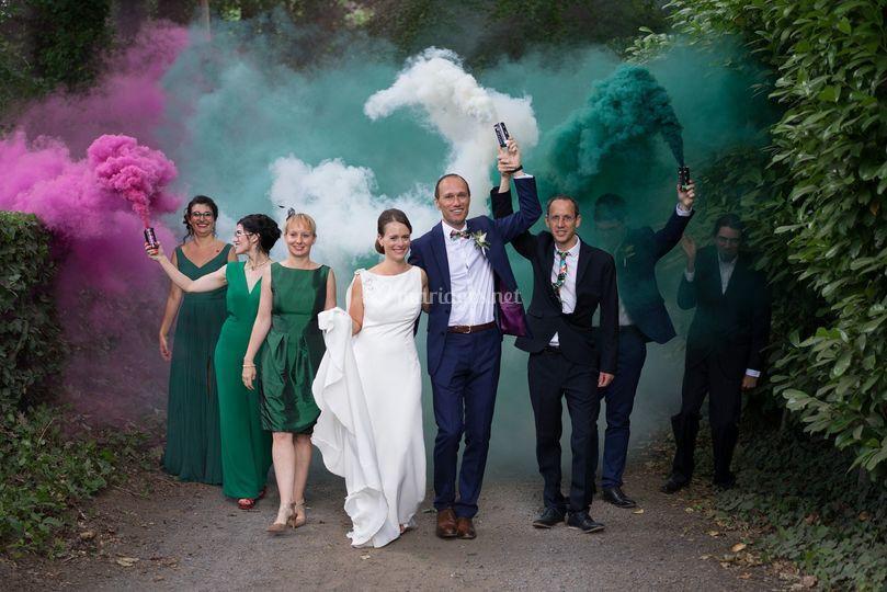 Photo de mariage fumigènes