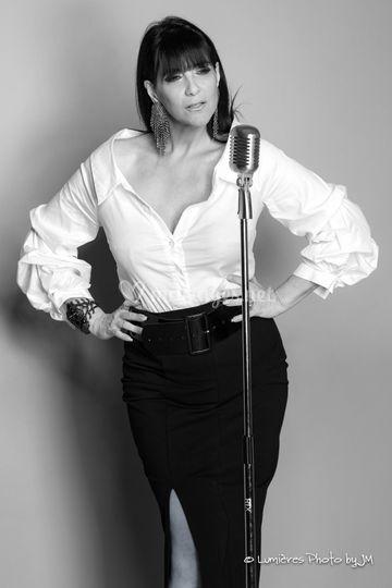 Sandra Lipari - chanteuse