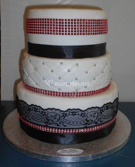 Dentelle, Capitonnée Cake