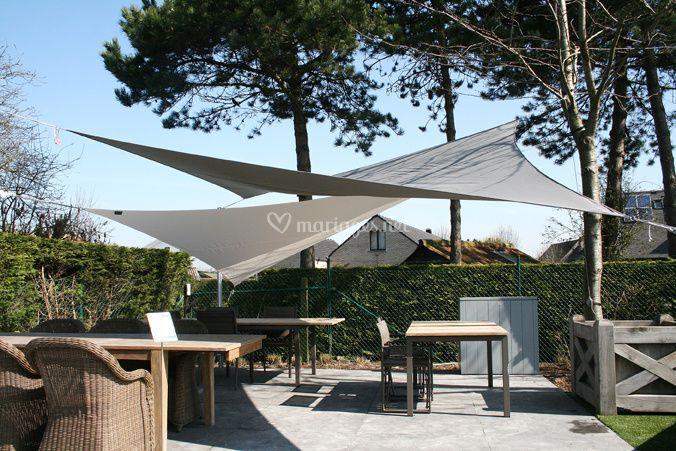 table fornix ii de arc en ciel photos. Black Bedroom Furniture Sets. Home Design Ideas