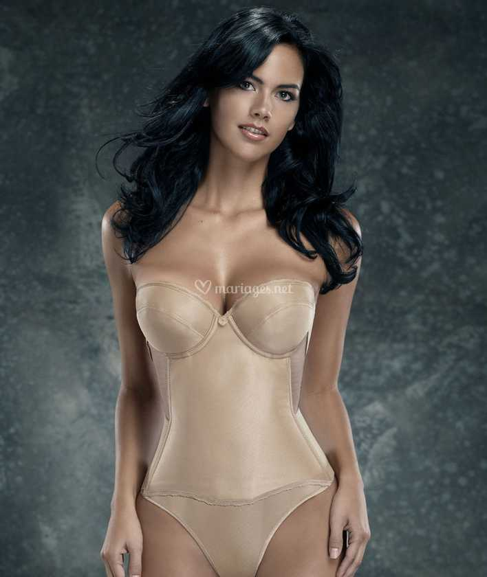 acheter en ligne 34c4c e4b4c Bustier Nude gainant dos nu sans bretelle pour robe de ...