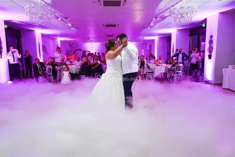 Première danse + fumée lourde