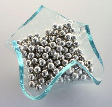 Dragées perles argentées, intérieur chocolat